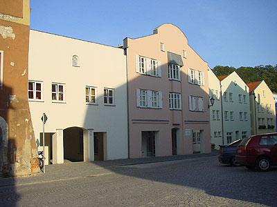 gwg-eg-wohnanlagen-kraiburg-84559-am-marktplatz-5-6-7-8-6a-6b-8a-8b-01